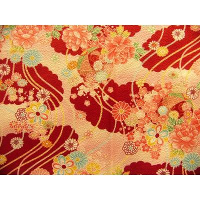 coupon tissu Chirimen Japonais traditionnel 55x49cm fleuri fond vermillion 28