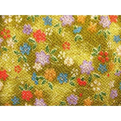 coupon tissu Chirimen Japonais traditionnel 35x24cm fleuri fond vert 32