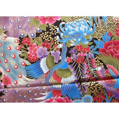 coupon tissu Japonais traditionnel 55x49cm paon fleuri doré fond noir 77